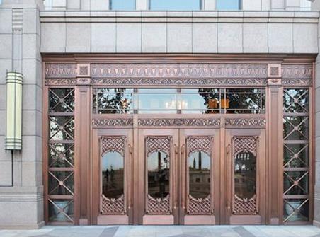 说说旋转铜门复合结构特征及其实用性