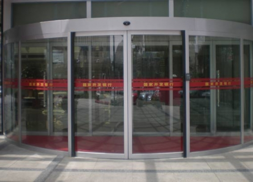 自动弧形门设计